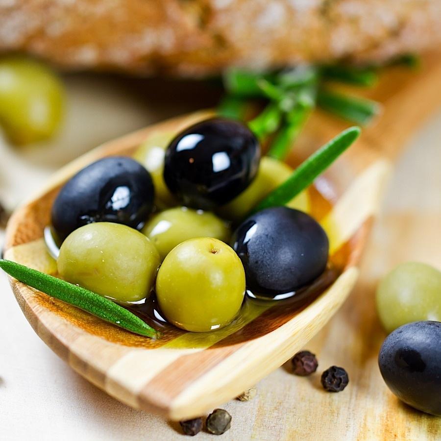 gemischte Oliven
